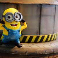 Daniel Filipovici - Despicable Me 2 Cake Minion