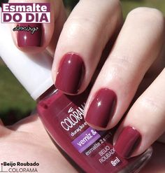 Colorama. beijo roubado Red And White Nails, Red Nails, Hair And Nails, Nails Polish, Nail Polish Colors, Cute Nails, Pretty Nails, Nail Ring, Cute Nail Designs