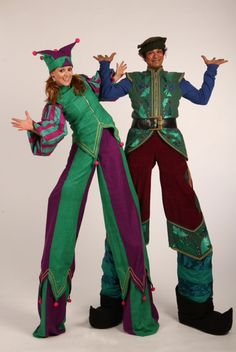 Christmas stilt waling elves to hire from www.circusprformrs.co.uk