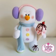 Projeto Digital Bud o Boneco de Neve Felt Christmas Ornaments, Christmas Time, Christmas Crafts, Christmas Decorations, Xmas, Sewing Art, Jingle Bells, Frost, Snowman