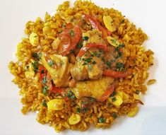 Il vero pollo al curry con riso basmati integrale Wok, Asian Recipes, Healthy Recipes, Ethnic Recipes, Ratatouille, Fried Rice, Food And Drink, Kitchen, Crack Crackers