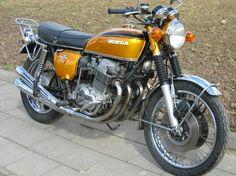 Risultati immagini per honda 750 four Honda 750, Honda Cb 750 Four, Motos Honda, Honda Bikes, Honda Motorcycles, Ducati 996, R65, Vintage Bikes, Vintage Motorcycles
