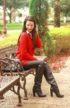 Oversized Red Cable Knit + Faux Leather Leggings Fashion on the Fly: Oversized Red Cable Knit + Faux Leather Leggings - Diary of a Debutante High Leather Boots, Faux Leather Leggings, Casual Sweaters, Cable Knit Sweaters, Leggings Fashion, Fashion Boots, Leather Fashion, Leder Outfits, Thigh High Boots Heels