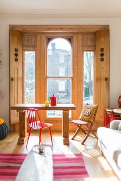 Colourful London apartment