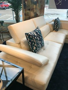 Shiloh White 2pc Sectional