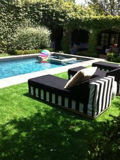 synthetic grass- great idea