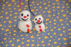 How to make an easy light up play dough snowman #science #circuits #playdoughcircuits