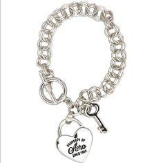 Silver Property of Aero Heart Charm Bracelet Silver tone Aeropostale Jewelry Bracelets