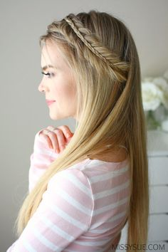 hairstyles down straight ~ hairstyles down + hairstyles down straight + hairstyles down casual + hairstyles down for wedding + hairstyles down for prom + hairstyles down curly simple + hairstyles down with braid + hairstyles down simple Prom Hairstyles All Down, Wedding Hairstyles For Long Hair, Braided Hairstyles, Hair Wedding, Simple Hairstyles, Straight Hairstyles For Long Hair, Teenage Hairstyles, Daily Hairstyles, Hairstyle Ideas