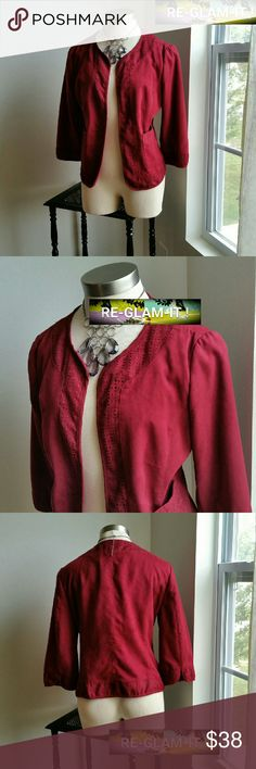 EAST 5 TH.....GORGEOUS BURGUNDY. ..BLAZER ...ADDING INFO SOON..EXCELLENT CONDITION  ...LIKE NEW...NO FLAWS... ...A MUST HAVEEEE....LIGHT WEIGHT FEEL.... ...CUT OUT DESIGN ...AS SHOWN 2 PIC UP CLOSE. .. ...LOOSE FEEL...COULD FIT SIZE... X-LARGE East 5th Jackets & Coats Blazers