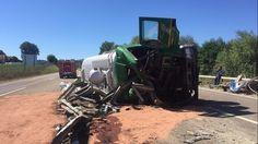 Un camion-citerne se renverse sur l'autoroute