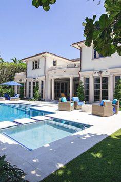 livingpursuit: 390 North Lake Way in Palm Beach Florida