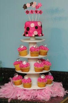Diva Cupcakes! Complete with fake diamonds! :)