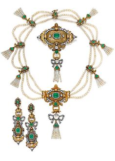 SUITE OF GOLD, SILVER, EMERALD, DIAMOND AND NATURAL PEARL JEWELRY, circa 1840.