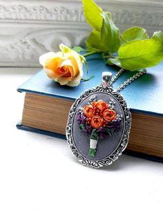 Trend rose jewelry woman Purple orange rose bouquet