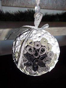 Dekorácie - Vianočná guľa - 7089422_