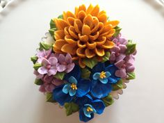 Arty Cakes, UK floral bouquet cupcake