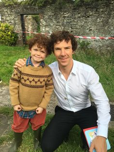 Benedict and Tom Stoughton (mini Sherlock) - The Final Problem behind the scenes. Sherlock Season 4 Episode 3.