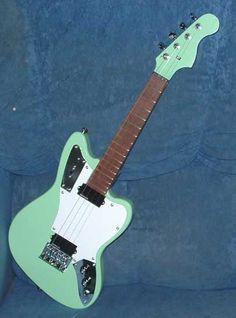 Electric ukulele! Rad