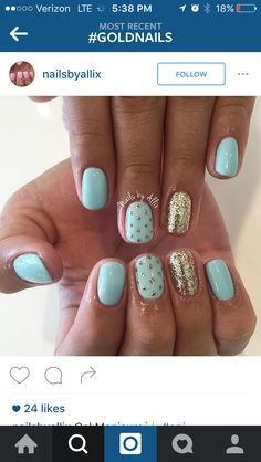 Summer mint and gold nails!