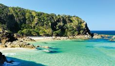 While everyone knows Belongil, Clarkes, Wategos, Tallows and Main beach in Byron Bay, we show you the secret slice of paradise very rarely found, Whites Beach.