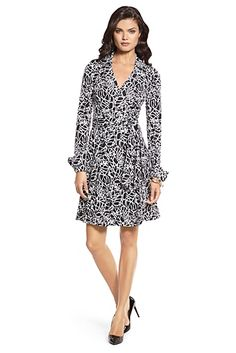 Heritage Bruna Silk Jersey Wrap Dress In Dvf Signature - No dress could be more Flirtatious! Let the Dress do the Talkin'!