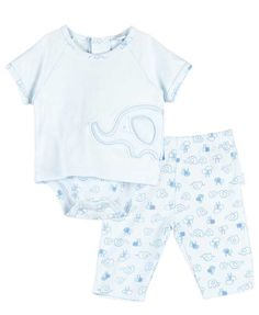 A bodysuit and pant set for newborn boys in a super cute elephant print is a darling choice as a take home outfit for boys or as an outfit for that first photo session.  Available in newborn boys sizes this elephant themed baby outfit features a baby blue bodysuit with elephant print, applique and t-shirt look.  Included are matching blue elephant print pants for baby boys.