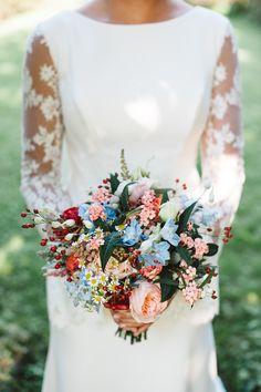 Bruidsboeket nazomer Floral Tie, Fashion, Moda, Fashion Styles, Fasion