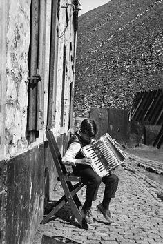 Charleroi, belgium, 1957 • leonard freed