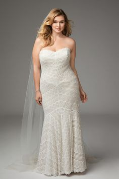 Ivory Bridal is Atlanta's only plus size bridal shop featuring fashion forward wedding gowns and pretty little accessories for the modern curvy bride. We exclusively style plus size and curvy Atlanta brides sizes Plus Size Brides, Plus Size Wedding Gowns, Plus Size Gowns, Best Wedding Dresses, Fit And Flare, Boho Plus Size, Pronovias, Curvy Bride, Designer Wedding Gowns