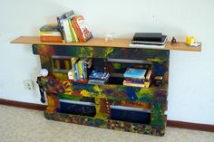 #Bookshelf, #DIY, #Painting, #RecycledPallet