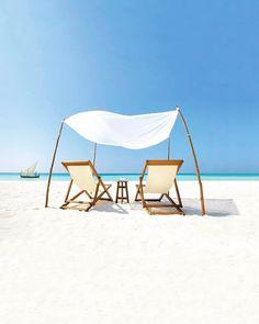 Velassaru #Maldives  #nichegetaway #blue #summertime #relaxing #travelawesome #travellife #ourplanetdaily #turqoise #globetrotter #lonelyplanet #lovetheworld #bbcravel #tlpicks #forbestravelguide #roadtrip #dametraveler #luxurylife #honeymoon #worldtraveler #luxurytravel  #travelbug #tourtheplanet #seetheworld #travelnoire #earthofficial #inspiration #happiness #beachday #exploringtheglobe