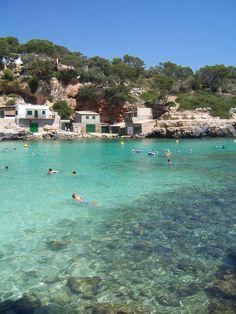 My absolute favorite bay: Cala Llombards – Mallorca moments – Mallorca Hawaii Honeymoon, Romantic Honeymoon, Maui Attractions, Mallorca Beaches, Spanish Islands, Italian Summer, What A Wonderful World, Beautiful Beaches, Wonders Of The World