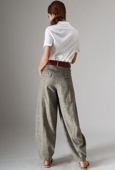 Maxi linen pants baggy pants for women 986 These chic pants are perfected with soft linen fabric ,Crafted in nature linen fabric , finish with pockets at the sides. Lounge comfortably in these soft pants Linen Pants Women, Pants For Women, Maxi Pants, Baggy Pants Outfit, Casual Pants, Harem Pants, Pantalon Long, Outfit Zusammenstellen, Soft Pants