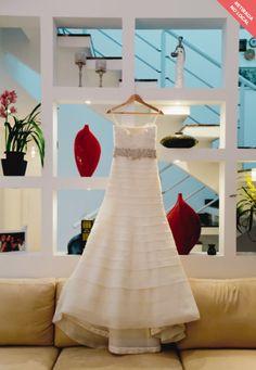 Vestido de noiva da renomada estilista Vera Wang. Usado uma única vez. Tamanho 40, totalmente ajustável. A noiva possui 1,77m de altura. Local: São Paulo