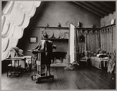 10 Images Of Photographic Atelier/Studio (19th Century) | MONOVISIONS