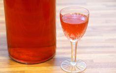 Полный 15 Рецептов клюквы (настойки, водка, спирт, морс и др.) приготовленные в домашних условиях, а также как правильно заморозить ее и сохранить Check more at https://krrot.net/klukva-v-damshnix-ysloviyax/