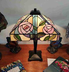 Lampada da Tavolo Tiffany con Fiori 242 Studio, Studios