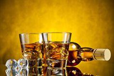 ***¿Cómo hacer Whisky Casero?*** ¿Los precios suben, y quieres darte un gusto el sábado por la noche? Aprende cómo hacer tu propio whisky en casa.......SIGUE LEYENDO EN..... http://comohacerpara.com/hacer-whisky-casero_12389c.html