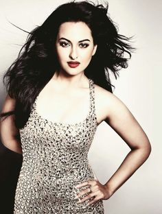 Sonakshi Sinha Sexy Pose.. #Sonakshi Sinha #Sonakshi #BollywoodActress #HindiActress #Hot #Sexy