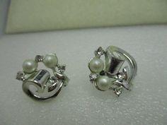 Vintage Silver Tone Faux Pearl & Rhinestone Screw Back Earrings, Art Deco #Unbranded #screwback