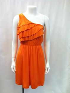 Get your football dresses for Saturday! We love football season! I so want this