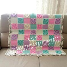 #tbt günüyse 😍 Bende en çok sevilen battaniyemi paylaşıyım ❤️ Herkese mutlu perşembeler! 😍 #crochet #crocheting #knit #knitting #kalp #love #handmade#yarn #battaniye #bebekbattaniyesi #popcornbattaniye#yarn #örgü #motif #tığ#örgüfikirleri #örgübattaniye #bebeğim #baby #tığişi #hobi #crochetlove #likeforlike #like4like #blanket #blankets #booblestitch#tigisi Crochet Stitches Patterns, Stitch Patterns, Pop Corn, Like4like, Throw Pillows, Quilts, Blanket, Baby Ideas, Model
