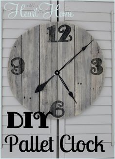 DIY pallet clock. http://hative.com/diy-wall-clock-ideas-for-decoration/