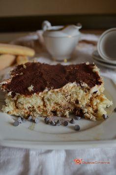 Tiramisu preparato con lo yogurt greco e philadelphia. Un dessert leggero e molto gustoso.