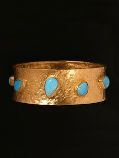 18kt yellow gold and turquoise bracelet. from the London Jewelers Collection! $8,850.00