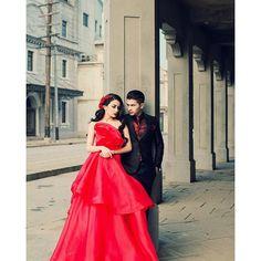 Chelsea Olivia & Glenn Alinskie in Red.. What a beautiful!