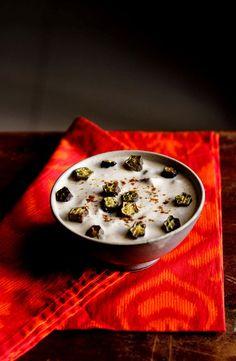 bhindi raita recipe, how to make bhindi raita | okra in spiced yogurt