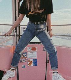 Koreanisch koreanisch korean fashion outfits ulzzang girl kfashion tshirt jeans comfy casual clothes spring summer autumn winter school street everyday aesthetic soft minimalistic kawaii cute g e o r g i a n a c l o t h e s Vintage Outfits, Retro Outfits, Grunge Outfits, Vintage Shorts, Dress Vintage, 90s Style Outfits, Edgy School Outfits, Vintage Room, Korean Outfits