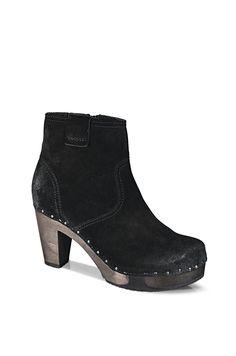 FARA Bailey schwarz #softclox #munich #FARABailey #black #autumn #fall #fallshoes #veloursleather #darksole #woddensole